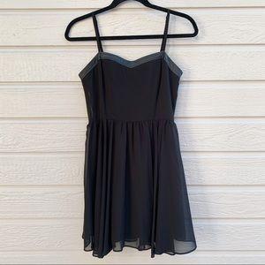 F21 | Little Black Dress - Small